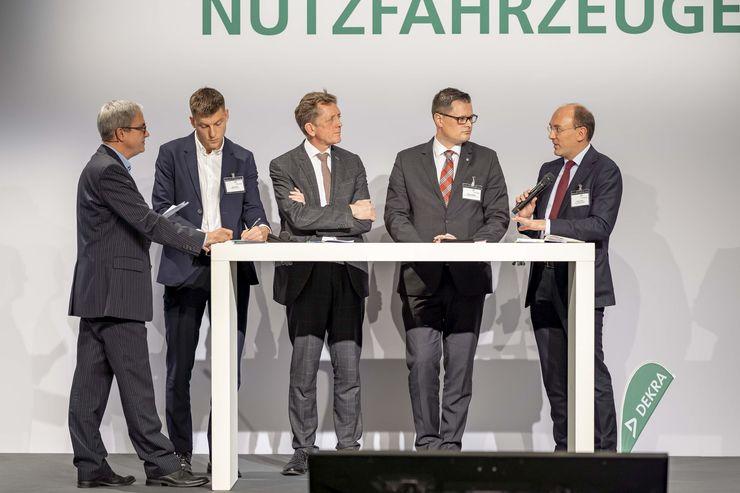 Podiumsdiskussion DEKRA Zukunftskongress Nutzfahrzeuge 2019